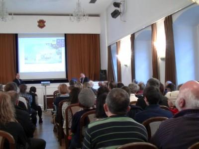 Diskuse občanů o Kulturním domě